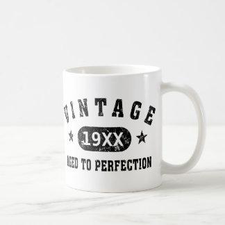 Personnalisez le cru âgé à la perfection mugs à café
