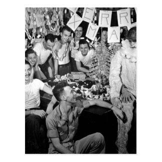 Personnel of USS LEXINGTON celebrate_War Image Postcard