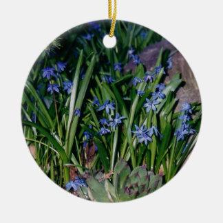 Perwinkles Ornament
