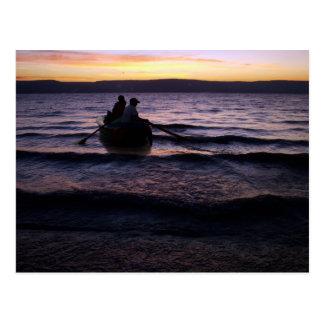 Pescadores no Mar da Galileia em Israel Postcard
