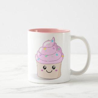 Petit gâteau mignon tasse à café