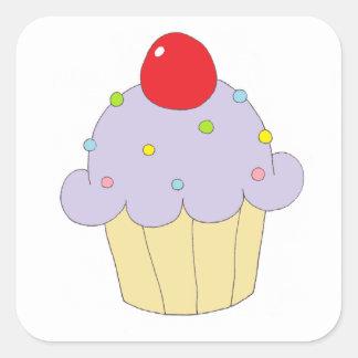 Petit gâteau pourpre autocollants carrés
