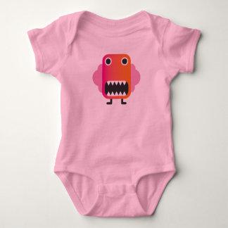 Petit monstre drôle dans le costume de bébé tshirt