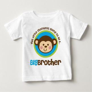 Petit singe allant être un frère tshirt