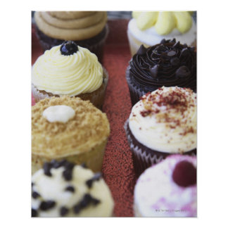Petits gâteaux assortis poster