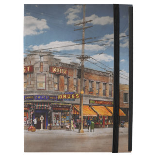 "Pharmacy - The corner drugstore 1910 iPad Pro 12.9"" Case"