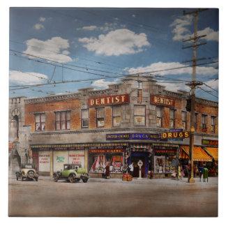 Pharmacy - The corner drugstore 1910 Tile