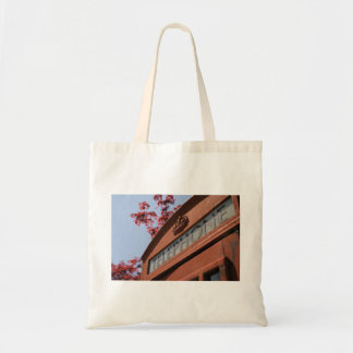 Phone Themed, Classic Bright Red Telephone Box Und Budget Tote Bag