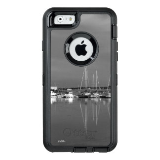 Photo cellular guard black and white, boats OtterBox defender iPhone case