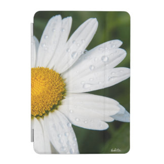 photo daisy with the dew of the morning iPad mini cover