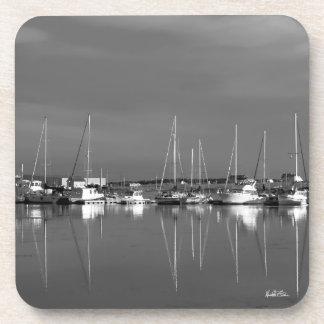 Photo passe-partout mounting black and white, coaster