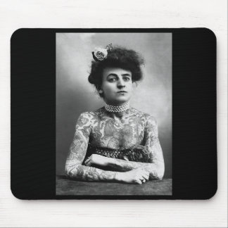 Photo vintage de tapis de souris tatoué de femme