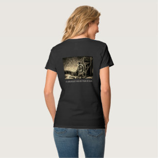 Photographers...live to click T-Shirt