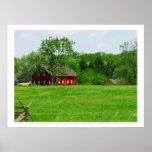 Photographie pittoresque de grange rouge affiche