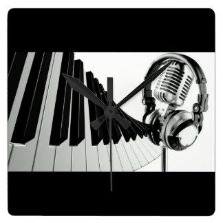 piano and mic music clock