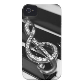 Piano Bar with G-clef iPhone 4 Case