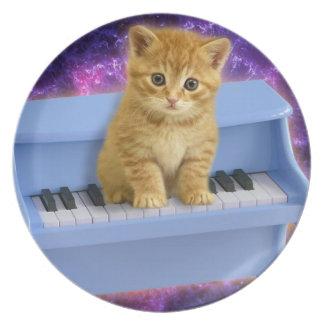 Piano cat plate