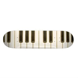 PIANO KEYBOARD SKATEBOARD