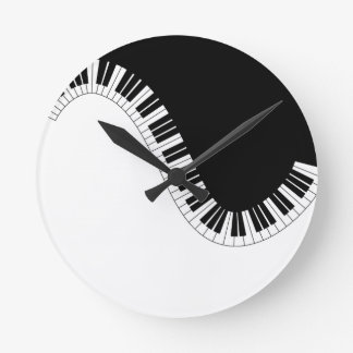 PIANO MUSIC ROUND CLOCK