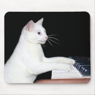 Piano playing cat mouse pad