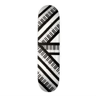Piano skateboard!