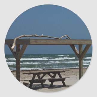 PIcnic at the Beach Round Sticker