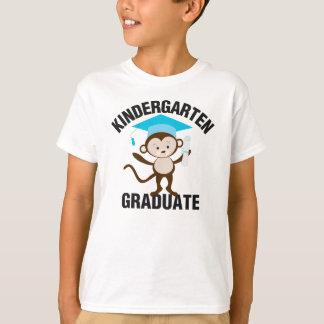 Pièce en t de diplômé de jardin d'enfants de bleu tee shirt