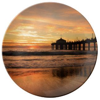 Pier beach sunset plate