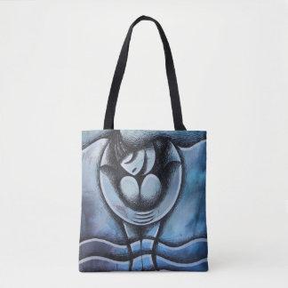 Pies mojados, chica sobre fondo Azul Tote Bag