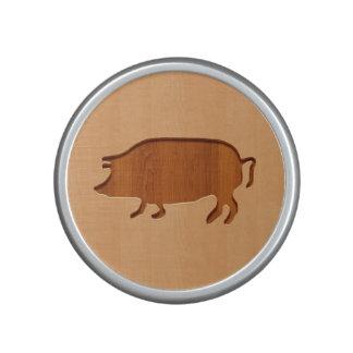 Pig silhouette engraved on wood design bluetooth speaker