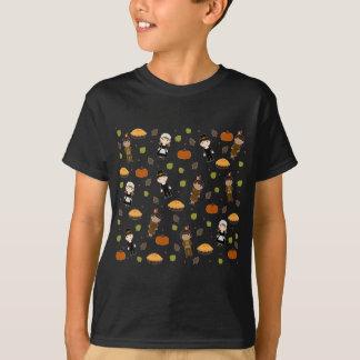 Pilgrims and Indians pattern - Thanksgiving T-Shirt