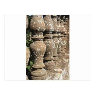 piliers en pierre carte postale