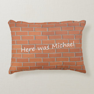 Pillow (Pile of bricks)