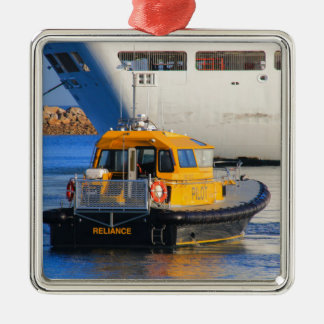Pilot boat and cruise ship metal ornament
