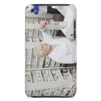 Pilules de versement de pharmacien dans compter la étuis barely there iPod