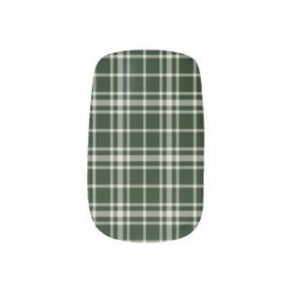 Pine Green Plaid Nail Art