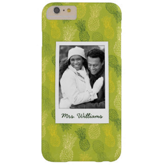 Pineapples On Green Pattern | Monogram Barely There iPhone 6 Plus Case