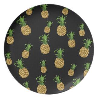 Pineapples pattern dinner plates