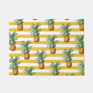 pinepples yellow stripes doormat