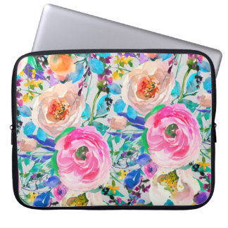 Pink And Beige Roses Laptop Sleeve