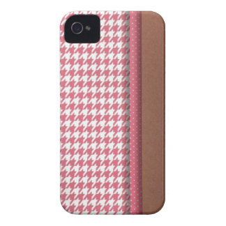 Pink and Brown Houndstooth iPhone 4 Case