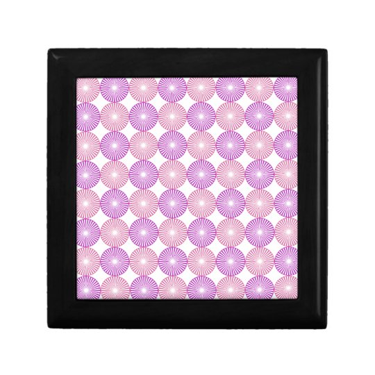 Pink and purple circles pattern gift box