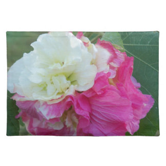 pink and white changeable hibiscus bloom placemat