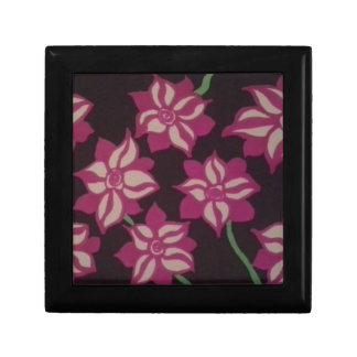 Pink and White Dahlia Pattern Gift Box