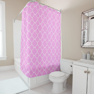 Pink And White Quatrefoil Pattern