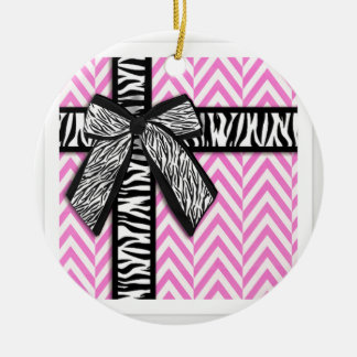 Pink animal print with bow design round ceramic ornament