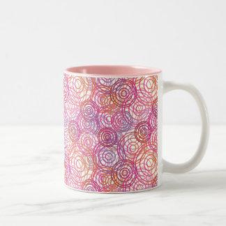 Pink bubbles pattern retro mug