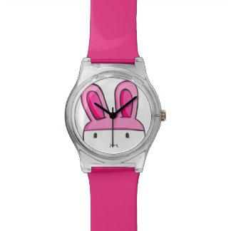 Pink conejito clock watch