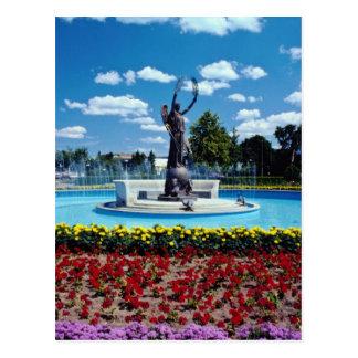 Pink Exhibition Place statue, Toronto, Ontario flo Postcard
