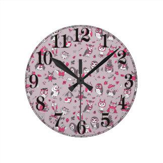 Pink grey cute owls pattern wall clock